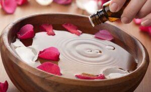 Uso de aceites esenciales en aromaterapia